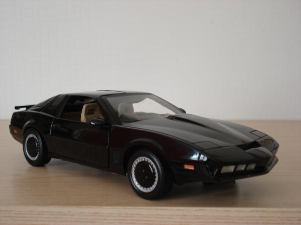 Pontiac FireBird transam - K 2000