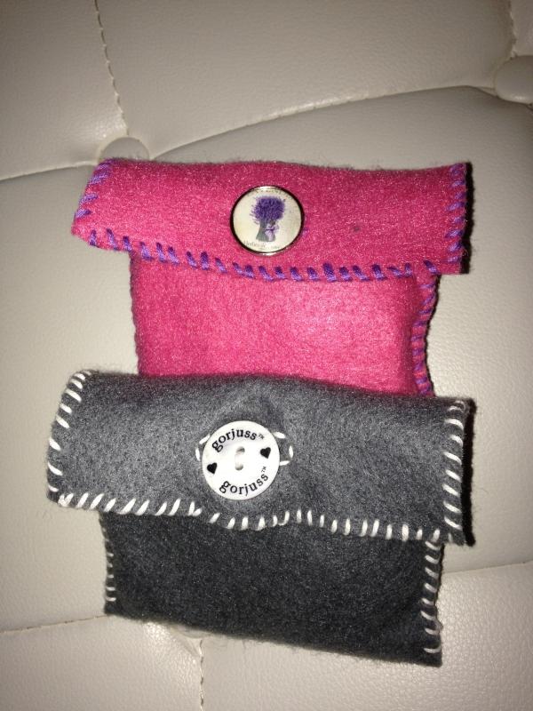 Pochettes feutrines pour fil de portables